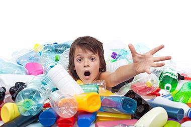 impatto della plastica sulle nuove generazioni