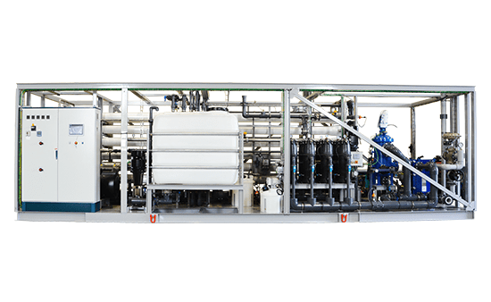 Cruise_desalination_water_treatment_slider2-min.png