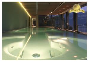 piscina coperta interrata best pool 2013