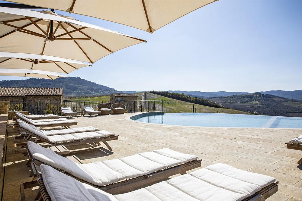 Piscine panoramica in Toscana